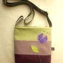 Csíkos textilbőr táska, Táska, Válltáska, oldaltáska, Szatyor, 20x20 cm-es kis táska, textilbőrből.Belül cipzáras. Bélése pamutvászon apró mintás, zöldes. Belül 2 ..., Meska