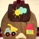 Munkagépes hátizsák, Táska, Baba-mama-gyerek, Hátizsák, Baba-mama kellék, Gyerekhátizsák, 30 cm magas. 2-5 éves gyerekeknek ajánlom. Fedlapja mágneskapcsos, Belül tépőzárral ..., Meska