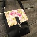 Rózsás fekete kistáska textilbőr táska