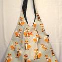 Rókás Kifordítható táska, Táska, Válltáska, oldaltáska,  Kifordítható táska. Mindkét fele használható. 67 cm magas, 42 cm széles. Laza lezser jól pakolható ..., Meska