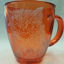 Cicás- kézzel gravírozott narancssárga üvegbögre, Konyhafelszerelés, Dekoráció, Bögre, csésze, Üvegművészet, Állatbarátoknak, cica kedvelőnek, gyűjtőknek :) Narancssárga, 3,3 dl üvegbögre.   Még egyedibbé, sz..., Meska