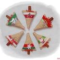 Lenvászon karácsonyfadíszek valódi fahéj rudacskákkal - I., Dekoráció, Karácsonyi, adventi apróságok, Ünnepi dekoráció, Karácsonyfadísz, 6 db-os lenvászon karácsonyfadísz valódi fahéj rudacskákkal. Drapp színű lenvászonból kés..., Meska