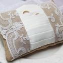Antik csipkés gyűrűpárna, Esküvő, Egyéb, Egyedi tervezésű gyűrűpárnánk egy csodálatos antik csipke, taft és zsákvászon   kombinációjából szül..., Meska