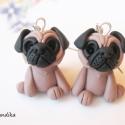 Mopsz fülbevaló, Ékszer, Fülbevaló, Kis mopsz kutyákat készítettem. Nikkelmentes fülbevaló alapra szereltem.  Ha más színben szer..., Meska