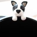 Francia Bulldog teafiltertartó, Konyhafelszerelés, Bögre, csésze, A Francia Bulldog fülbevaló után itt van a teafiltertartó is :) Felkapaszkodik a bögrédre és segít a..., Meska