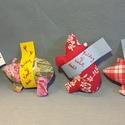 Szerencsemalac piros kollekció, újévi malac, szilveszteri ajándék, újévi meglepetés malac, piros mintás malackák, Kedves szilveszteri, újévi ajándék ez a szeren...