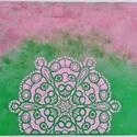 Mandalás kép (zöld-lila), Dekoráció, Otthon, lakberendezés, Kép, Falikép, 30*40 cm vászonra készített festményem, melyre mandalát és életvirágokat vittem el sablon se..., Meska