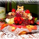Cuki sünis őszi asztaldísz, Otthon, lakberendezés, Dekoráció, Dísz, Asztaldísz, Virágkötés, Őszi színekkel, őszi hangulattal készült ez a kis sünis asztaldísz, sok sok termés és bogyó felhasz..., Meska