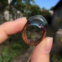 Kékes lilás fellegek - fa és gyanta gyűrű 18 mm, Ékszer, Gyűrű, Egyedi fa és gyanta gyűrű, különleges kékes lilás árnyalatban. Ez az egy darab készült bel..., Meska