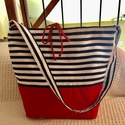 Kék piros vászontáska, Táska, Divat & Szépség, Táska, Válltáska, oldaltáska, Varrás, Csíkos és piros, strapabíró vászonból készítettem ezt a táskát ,amit hordhatsz strandra és akár a h..., Meska