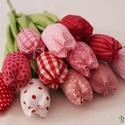 nagy csokor tavaszi tulipán vegyes színekkel, Dekoráció, Húsvéti apróságok, Varrás, Mindig friss és üde tulipáncsokrot készítettem. Többféle színösszeállításban. Nagyon szép ajándék l..., Meska