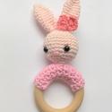 Rózsaszín nyuszis rágóka, Játék, Baba játék, A kislányok kedvence lehet ez a horgolt nyuszis csörgős rágóka. Nagyszerű ajándék babaváró..., Meska