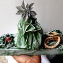 asztali dísz, karácsonyi dísz, zöld asztali dísz, karácsonyi asztali dísz, zöld ezüst asztali dísz, Dekoráció, Ünnepi dekoráció, Karácsonyi, adventi apróságok, Karácsonyi dekoráció, Festett tárgyak, Újrahasznosított alapanyagból készült termékek, Közeledik a Karácsony.  Akár akarjuk, akár nem , egyre többet van eszünkben.  Én is így jártam.  Ez..., Meska