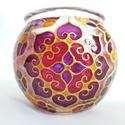 Mini gömböcske, Dekoráció, Otthon, lakberendezés, Gyertya, mécses, gyertyatartó, Mini gömb mécses, mandala mintával.  Méret: kb. 8cm  Színei: arany kontúr, arany csillám, bíbor, bor..., Meska