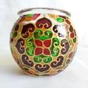 Mini gömböcske, Dekoráció, Otthon, lakberendezés, Gyertya, mécses, gyertyatartó, Mini gömb mécses, mandala mintával.  Méret: kb. 8cm  Színei: arany kontúr, arany csillám, bordó, pin..., Meska