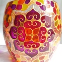 Mandala mécses, Otthon & lakás, Dekoráció, Lakberendezés, Gyertya, mécses, gyertyatartó, Hordó alakú, közepes méretű mécses, körben négy szív mandalával...  Színei: arany, indiai pink, bíbo..., Meska