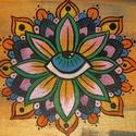 Kis akril Mandala festmény, Képzőművészet, Otthon, lakberendezés, Festmény, Akril, Ezt a szép mandalát vastag kartonra kasírozott, alapazott festővászonra festettem akrillal.A végén s..., Meska