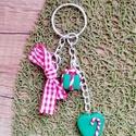 Karácsonyi kulcstartó süthető gyurmából, egyedi 10 cm, Ékszer, Mindenmás, Kulcstartó, Egyedi, süthető gyurmából készített kulcstartó, tökéletes ajándék, ha aprósággal szeret..., Meska