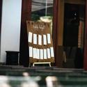 Foglalj helyet tábla, Ezzel az ültető táblával biztos minden vendég...