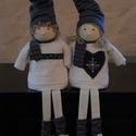 Bori és Bence dekorációs babák , Dekoráció, Ünnepi dekoráció, Karácsonyi, adventi apróságok, Karácsonyi dekoráció, Baba-és bábkészítés, Varrás, Bori és Bence a két manóbaba nagyon várja már a karácsonyt.  Csíkos sapijuk,hajlíthatók. Kb.50cm ma..., Meska