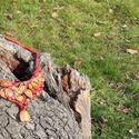 Bordó áttört leveles nyaklánc karneol függővel