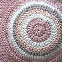 Puff, Otthon, lakberendezés, Bútor, Színe: antik rózsaszín Mérete: 40x35 cm Anyaga: portugál, selymes tapintású pólófonal, Meska