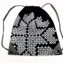 Hátizsák keresztszemes mintával, Erős munkaruha vászonból készült ez a hátizs...