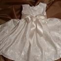 keresztelő alkalmi selyembrokát törtfehér  ruhácska Cintia, 74 méret. Törtfehér selyembrokát béléses ruh...