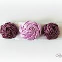 Lila rózsás csatt, Ékszer, óra, Ruha, divat, cipő, Hajbavaló, Hajcsat, Hímzés, Varrás, Francia csat alapon lila rózsák. A középső világos, a két szélső sötét lila szatén szalagból készül..., Meska