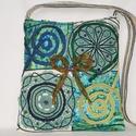 Zöld, 2 virág csipkés, gyöngyös, khakizöld masnis, vintage válltáska , Táska, Baba-mama-gyerek, Ruha, divat, cipő, Válltáska, oldaltáska, Zöld antik csipkékből készítettem, ezt a vintage táskát, amely gyönyörű kiegészítője lehet bármely n..., Meska
