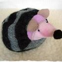 Meggymagos babzsák marok süni (Beanbag hedgehog), Baba-mama-gyerek, Játék, Plüssállat, rongyjáték, Sünike (17 x 11 cm) puha szürke szövetből és polárból készült, a feje gyapjúval(amit saját magam veg..., Meska