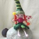 Maminti a kicsi zöld tündér - gyapjúból, Játék, Játékfigura, Baba játék, Ő Maminti a kicsi zöld tündér, Lázár Ervin csodálatos mesevilágának, egyik jótevője.  Az erdőben buk..., Meska
