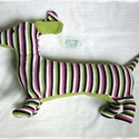 Tacsi -Tódor - tacskó kutya, Baba-mama-gyerek, Játék, Plüssállat, rongyjáték, Tódor egy önérzetes tacskó kutya, aki szeret jókat enni, majd jóllakottan kalandra indulni. Ő is vár..., Meska