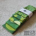 Balatoni nyár - 5 darabos textil zsebkendő szett, Ruha, divat, cipő, Férfiaknak, Itt a nyár, irány a Balaton!  A szett öt darab zsebkendőt tartalmaz: mindegyikük a zöld árnyalataiba..., Meska
