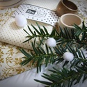 Régi idők karácsonya - antik arany és krém, Dekoráció, Karácsonyi, adventi apróságok, Ünnepi dekoráció, Karácsonyi dekoráció, Idézd fel gyerekkorod csodálatos karácsonyi hangulatát! Teremtsd meg Te is gyermekeidnek a régi idők..., Meska