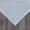 Névre szóló zsebkendő hímzés, Férfiaknak, Mindenmás, Ez a kézzel hímzett csipkés zsebkendő egyéni megrendelésre készült.  ... Textil zsebkendőt szeretnél..., Meska