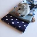 Macskák és pöttyök - női pamut zsebkendő, kék, cicás, Ruha, divat, cipő, Szépségápolás, Kendő, sál, sapka, kesztyű, Macskarajongóknak:) és háziállat kedvelőknek! A szett három darab zsebkendőt tartalmaz: egy kékes - ..., Meska