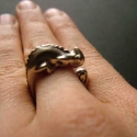 Kaméleon gyűrű, Ékszer, Gyűrű,  925ös ezüstből készült gyűrű, egy kaméleont ábrázol.nyitott ezért mérete állítható. , Meska