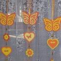 Pillangós függődísz - narancs, Baba-mama-gyerek, Dekoráció, Gyerekszoba, Mobildísz, függődísz, Ajtódísz, kopogtató, A narancs árnyalataiban készült vidám nyári függődísz gyerekszobába, de lehet ablakdísz és ajtódísz ..., Meska