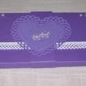 Képeslap - lila-fehér, Esküvő, Meghívó, ültetőkártya, köszönőajándék, Nászajándék, 10x20 cm nagyságú, lila-fehér szétnyitható klasszikus, romantikus képeslap, üdvözlőlap, ajándékkísér..., Meska