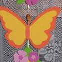 Pillangós, virágos függődísz ? narancs, Baba-mama-gyerek, Dekoráció, Gyerekszoba, Mobildísz, függődísz, Ajtódísz, kopogtató, Mindenmás, Narancs, sárga, pink és rózsaszín   árnyalatokban készült vidám pillangós, virágos, zöld leveles fü..., Meska