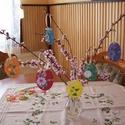 Tojásfa függődísz- tojások a  szivárvány színeiben, Dekoráció, Húsvéti díszek, Ünnepi dekoráció, 9 cm magas, domborított kemény kartonból kivágott tojásfa díszek a szivárvány színeiben. Üde húsvéti..., Meska