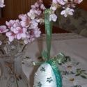 Húsvéti tojás tojásfára -zöld, Dekoráció, Ünnepi dekoráció, 8 cm-es (kb. kacsatojás méretű) hungarocell tojás kenderzsineggel bevonva, pamut csipkével, ill..., Meska