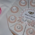Pénzajándék átadó torta- mini, felülről nyitható, Pénzajándék átadó torta elegáns fehér gyön...