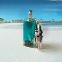 Óceán part gyanta kulcstartó, Ékszer, Mindenmás, Medál, Kulcstartó, Óceán parti hangulatot idéző gyanta medált készítettem valódi tengeri homokkal és csigákkal, amit eg..., Meska