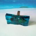A tenger morajlása gyanta gyűrű, Ékszer, Medál, Gyűrű, A tenger morajlása ihlette ezt a hullámzó vizet imitáló gyanta gyűrűt. Az olajzöld, téglalap alakú m..., Meska