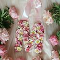 Vintage selyemvirágos kopogtató betű és szám esküvőre, fotózásra, A selyemkoszorúk mellett a monogramok vagy számo...