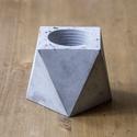 Bloktagon beton kaspó simpla, Dekoráció, Dísz, Magassága: 8 cm.  Legnagyobb szélessége: 11 cm. Bloktagon virágtartó, szukkulenseknek ajánlott..., Meska