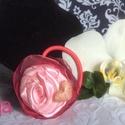 Szalagrózsás hajgumi, Ékszer, Esküvő, Hajdísz, ruhadísz, Hajgumi, szalagból hajtogatott rózsával, apró dekorral (pl: gyöngy, szívecske), organza rétegekkel. ..., Meska