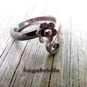 Apró termő alandor - vörösréz gyűrű - egyedi gyűrű, Ékszer, Magyar motívumokkal, Gyűrű, Kovácsolt vörösréz gyűrű apró alandorral, s ami ritkán látható, termő spirállal.  A gyűrű teljes egé..., Meska